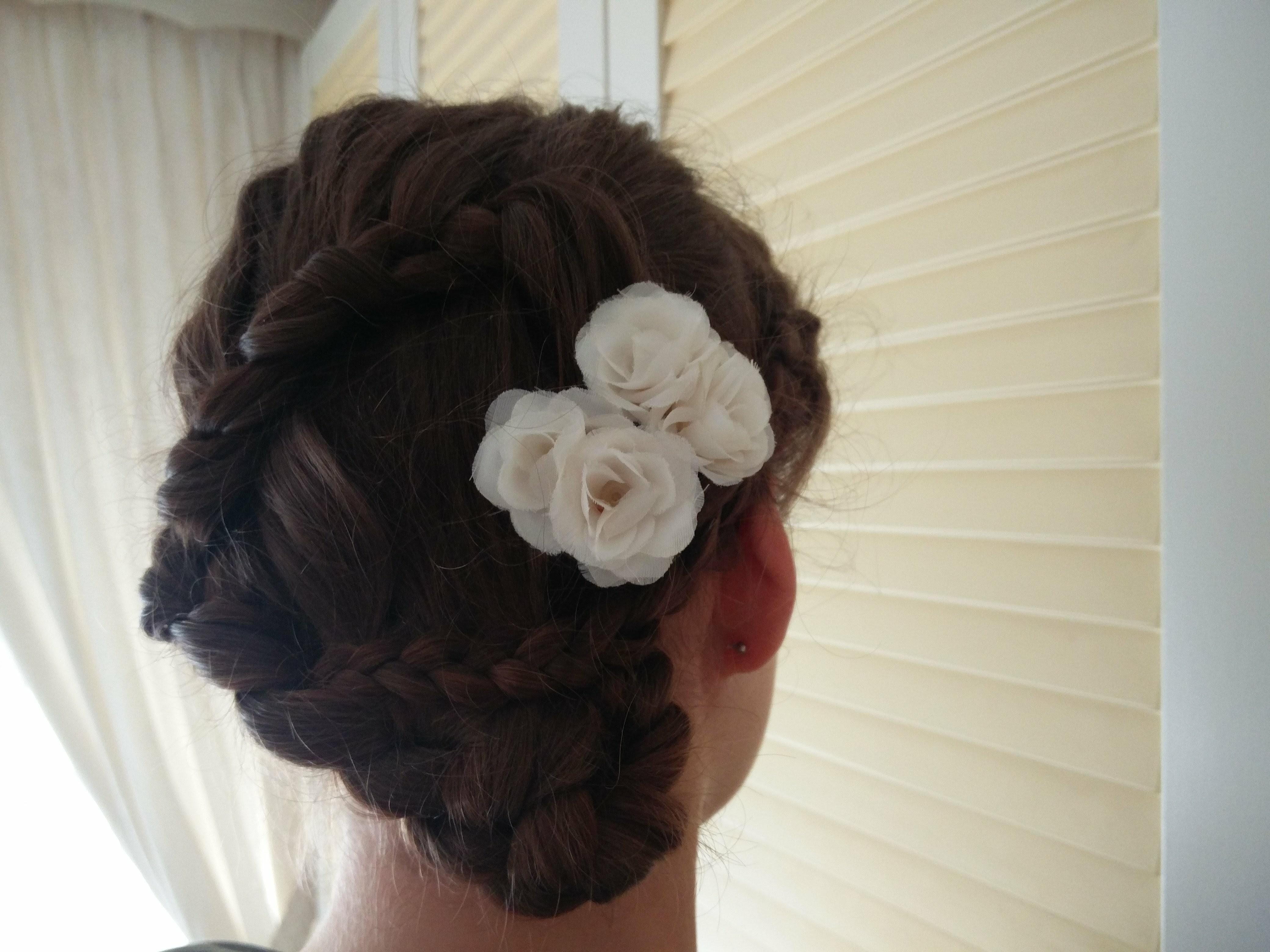 Gevlochten bruidskapsel Linda Petrovic 25022018